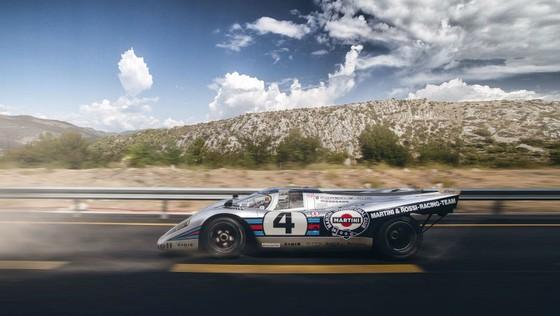 'Do' Porsche 917 hop phap de chay tren pho hinh anh 2