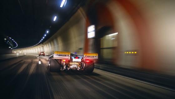 'Do' Porsche 917 hop phap de chay tren pho hinh anh 5