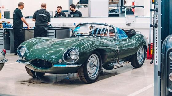 Đây là kho tàng xe cổ bí mật của Jaguar Land Rover - Ảnh 11.