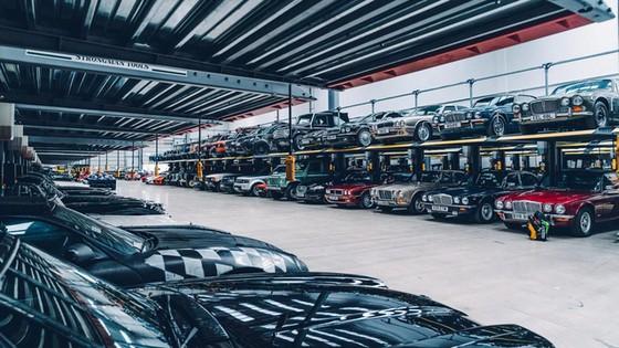 Đây là kho tàng xe cổ bí mật của Jaguar Land Rover - Ảnh 33.