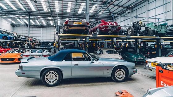 Đây là kho tàng xe cổ bí mật của Jaguar Land Rover - Ảnh 38.