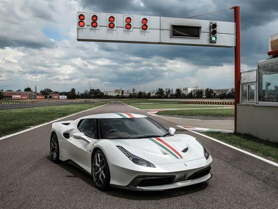10 sieu xe Ferrari ban dac biet dep nhat hinh anh 2