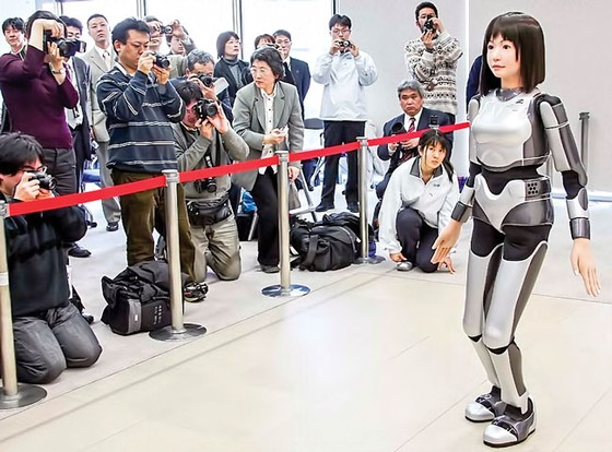 Cuộc cách mạng Robot (K1): Chạy đua số lượng ảnh 1