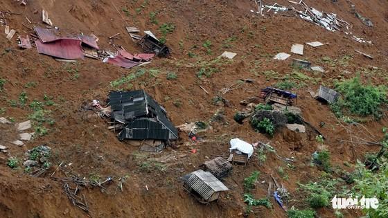 Bản Sáng Tùng bị xóa sổ sau vụ sạt lở đất ở Lai Châu - Ảnh 3.