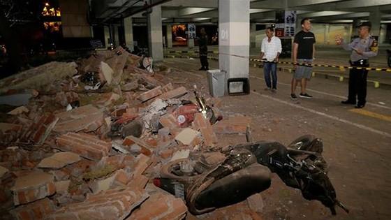 Trận động đất ngày 5-8 trên đảo du lịch Lombok khiến ít nhất 82 người thiệt mạng. Ảnh: AP
