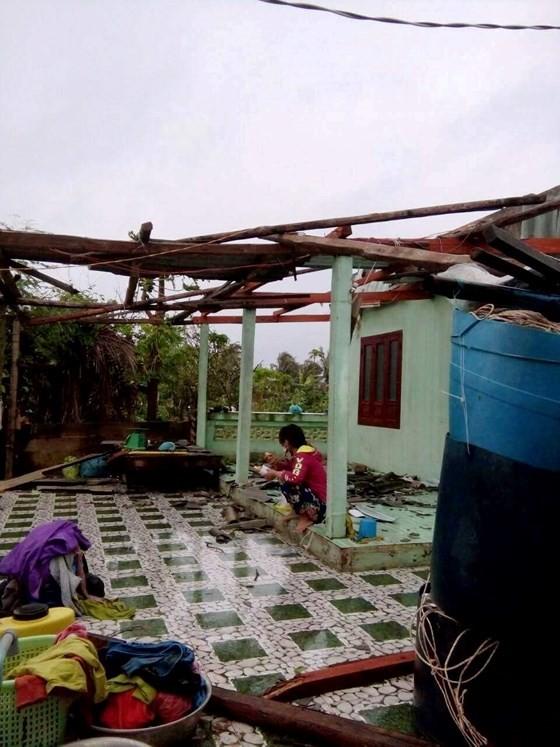 Đảo Phú Quý ngổn ngang sau trận lốc xoáy kinh hoàng ảnh 3