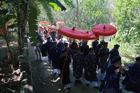 Độc đáo lễ hội Thanh Trà – hương vị xứ Huế ảnh 5
