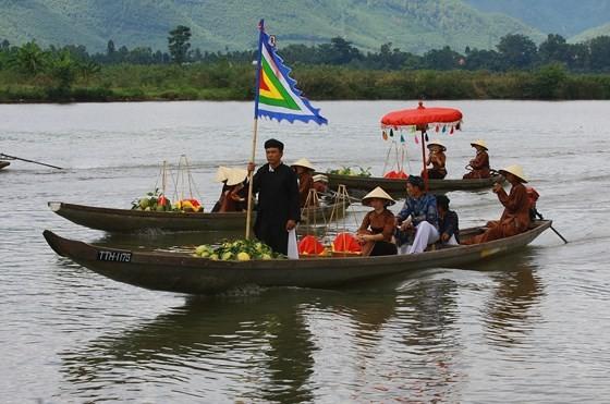 Độc đáo lễ hội Thanh Trà – hương vị xứ Huế ảnh 7