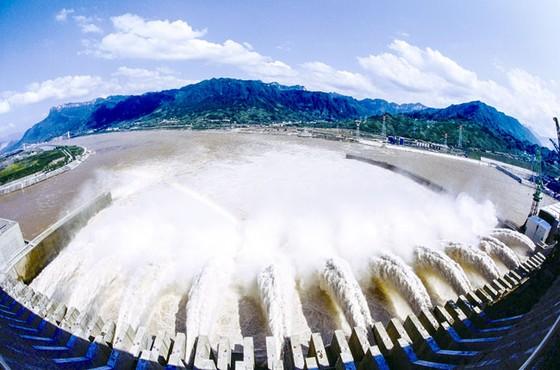 Đi tìm nguồn năng lượng tối ưu-Kỳ 1: Ưu và nhược của thủy điện ảnh 1