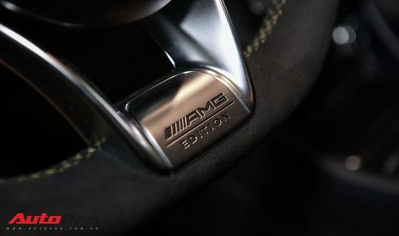 Mercedes-Benz CLA45 AMG Yellow Night Edition, giá 2,578 tỷ đồng ảnh 18