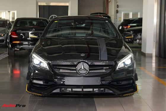 Mercedes-Benz CLA45 AMG Yellow Night Edition, giá 2,578 tỷ đồng ảnh 4