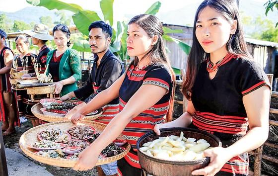 Lễ hội Aza Koonh của đồng bào Pa Cô ảnh 3