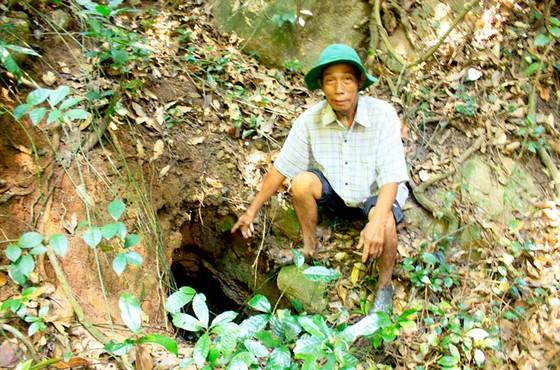 Địa đạo giữa rừng thiêng  ảnh 1