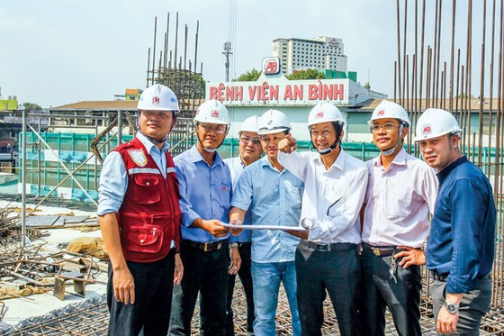 Entrepreneur Truong My Lan: Magnanimous Benefactor Supports Hospital Construction ảnh 3