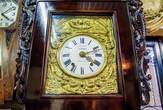 Bộ sưu tập đồng hồ cổ ảnh 3