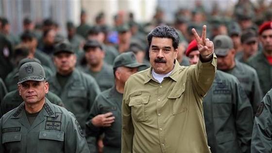 Venezuela: Quân đội ủng hộ tổng thống, chống lại mưu đồ đảo chính ảnh 1