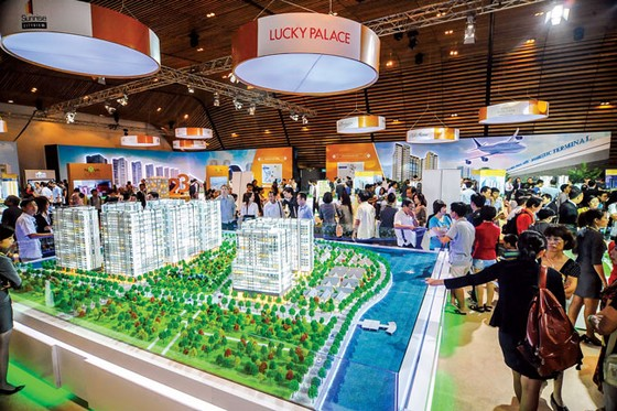 Real Estate Companies raise funds by bond issuance ảnh 1
