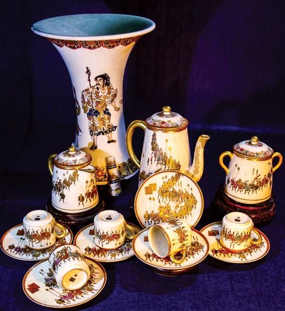Lịch sử Hoàng gia Nhật Bản trên gốm sứ Satsuma ảnh 5