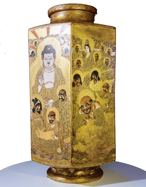 Ánh Đạo Vàng trên gốm cổ Nhật Bản ảnh 1