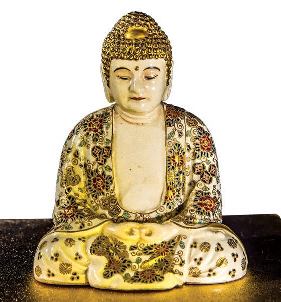Ánh Đạo Vàng trên gốm cổ Nhật Bản ảnh 8