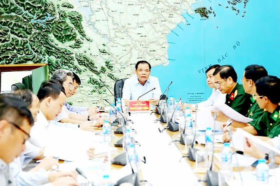 Bão số 2 giật cấp 11 đã đổ bộ vào các tỉnh từ Hải Phòng đến Nam Định ảnh 3