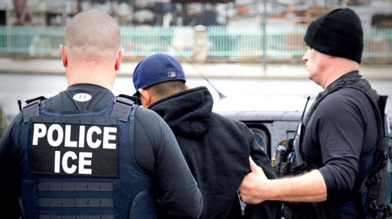 Mỹ thêm biện pháp truy quét người nhập cư bất hợp pháp ảnh 1
