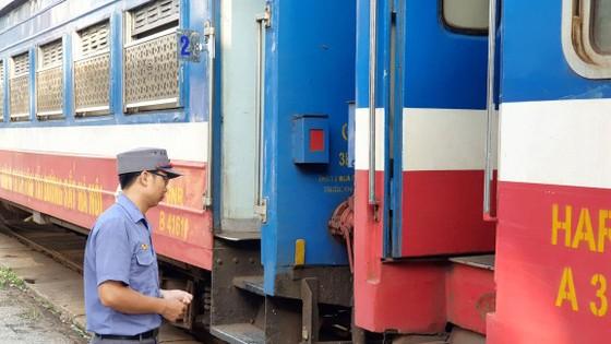 Hiu hắt đường sắt - Bài 2: Doanh thu cực thấp ảnh 1
