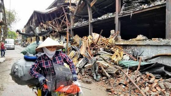 Vụ cháy Công ty Rạng Đông: Nhiều câu hỏi chưa có lời giải ảnh 2
