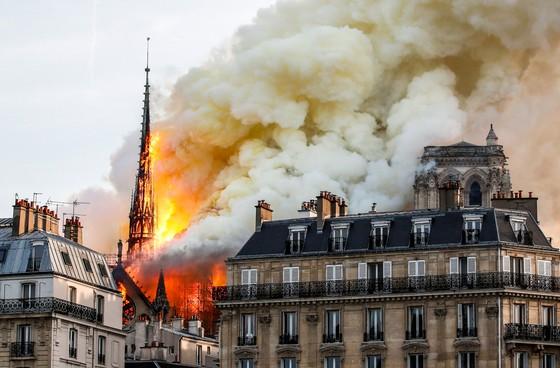 Nhiễm độc chì vụ cháy  nhà thờ Đức Bà Paris ảnh 1