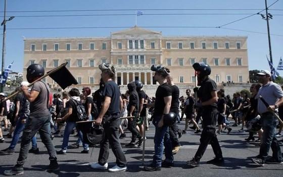 Người dân Hy Lạp đình công. Ảnh: ekathimerini.com