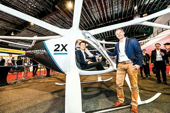 CEO Florian Reuter -  Biến giấc mơ taxi bay… ảnh 1