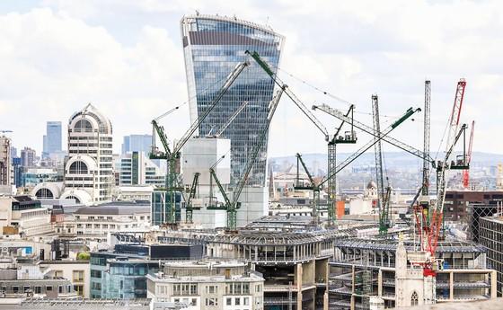 Nguy cơ vỡ nợ  bất động sản ở Anh ảnh 1