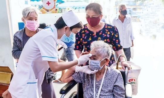 Chăm sóc sức khỏe người cao tuổi mùa dịch Covid -19 ảnh 2