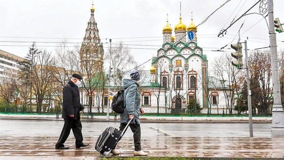 Sóng suy thoái hậu Covid-19: Nga - Chật vật khôi phục kinh tế ảnh 1