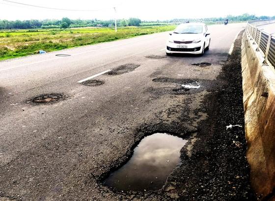 Sửa chữa quốc lộ 1A đoạn qua miền Trung - Cần giải pháp căn cơ ảnh 1
