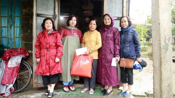 Tập đoàn BĐS Vạn Phúc ủng hộ 3 tỷ đồng cho đồng bào miền Trung bị lũ lụt ảnh 3
