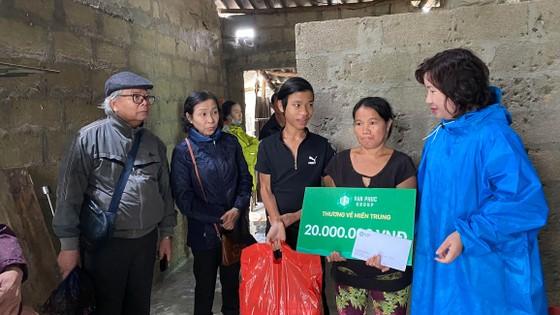 Tập đoàn BĐS Vạn Phúc ủng hộ 3 tỷ đồng cho đồng bào miền Trung bị lũ lụt ảnh 4