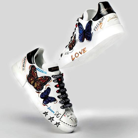 Sneaker rực rỡ cho nàng ảnh 1