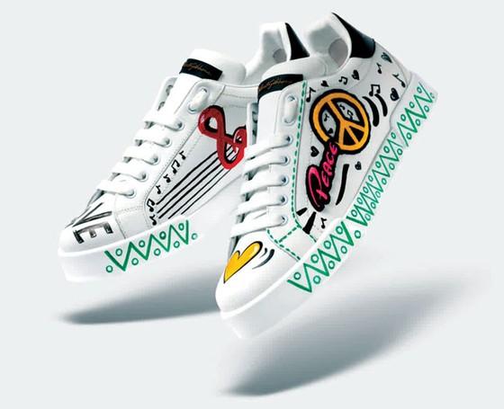 Sneaker rực rỡ cho nàng ảnh 2