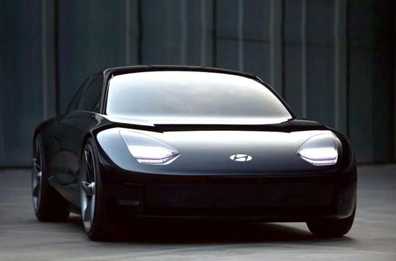 Những mẫu xe điện ấn tượng nhất ảnh 4