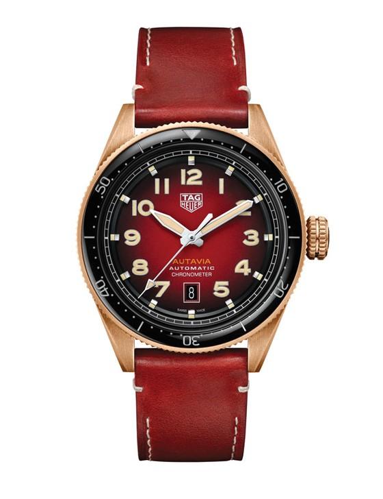 Đồng hồ sắc đỏ ảnh 5