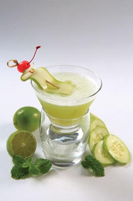 Đặc sắc tiệc Happy Hour Cocktail ảnh 1