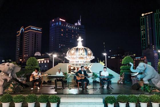 Ưu đãi  trải nghiệm sôi động tại Khách sạn Rex Sài Gòn ảnh 2