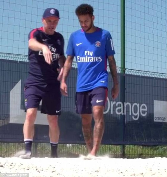 Neymar đã trở lại PSG và ráo riết tập luyện cho World Cup ảnh 1