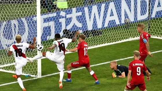 Peru - Đan Mạch 0-1, Lính chì lạnh lùng ghi điểm ảnh 6