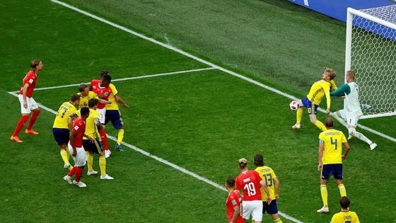 Thụy Điển - Thụy Sĩ 0-0, Ưu thế của xứ sở đồng hồ? ảnh 5