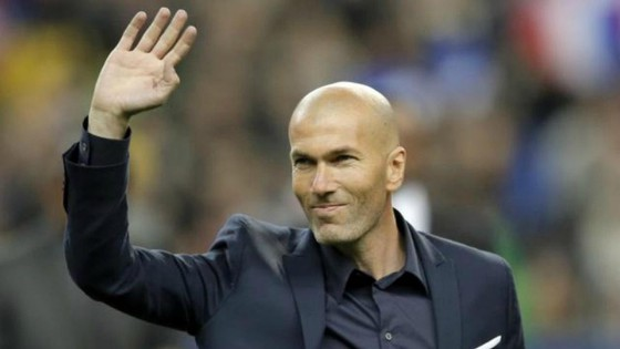Zinedine Zidane sẽ gia nhập Juventus.