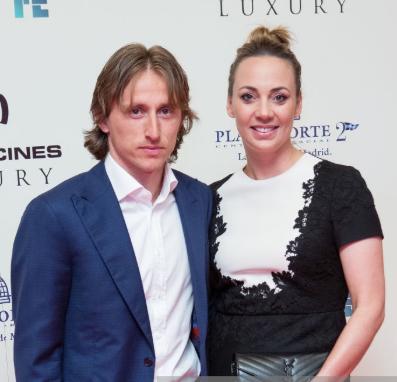 Nghe lời vợ, Luka Modric muốn rời Madrid sang Inter ảnh 1