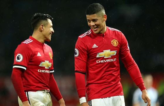 Man.United công bố số áo mới: Marcos Rojo mang số 16, để trống số 5