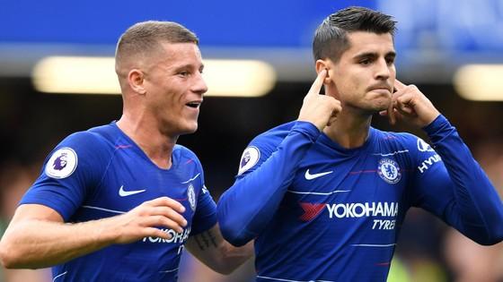 Ghi được bàn cho Chelsea, Morata chỉ trích thầy cũ Conte